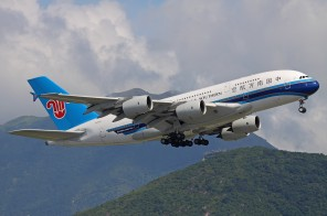China_Southern_Airlines_A380_Kustov-1